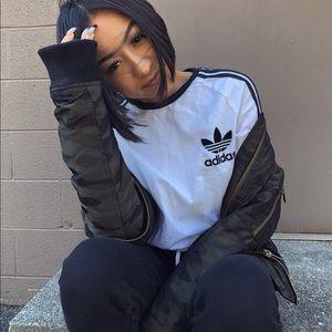 Tops - Long sleeve Adidas tee